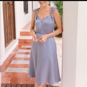 Gal Meet Glam midi dress